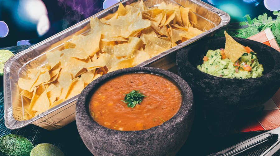 Photo of Gonzalez y Gonzalez Guacamole Fresco Set with Chips and Salsa